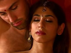 Desi Massage Parlour Sex With Sahara Knite